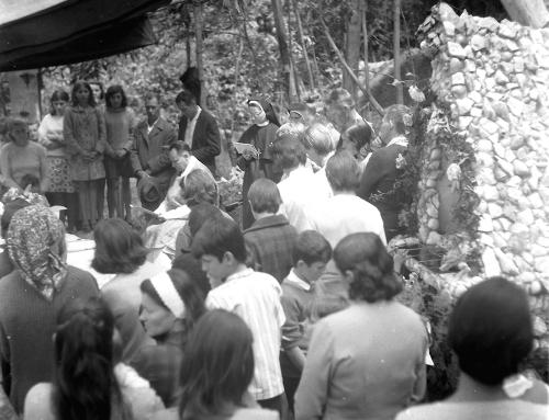 Inauguração da Gruta de Corridas.